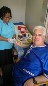 Bobby Stevenson undergoes an HIV-test as part of the DA's awareness campaign.
