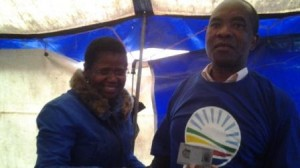 Caption: The DA is growing in non traditional areas: Former ANC councillor Zwelebhunga Sonqishe discards of his ANC membership and signs up as a member of the DA in Mzimvubu Municipality, ward 19.