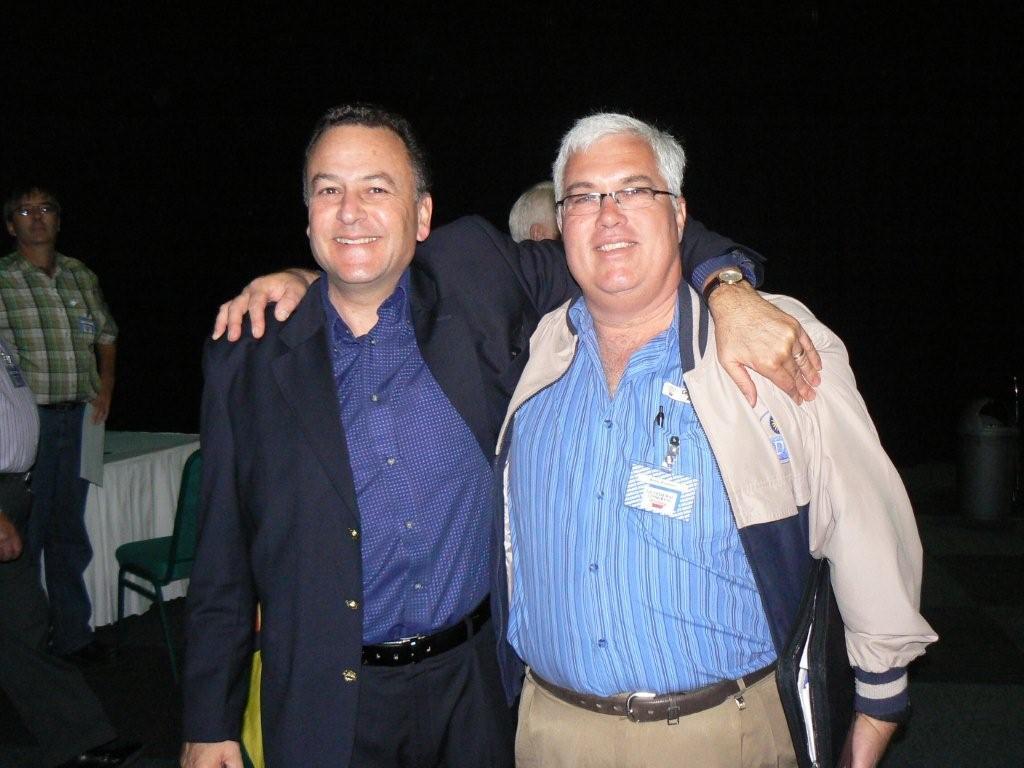 Leader of the DA EC Legislature, Bobby Stevenson, with former DA leader, Tony Leon