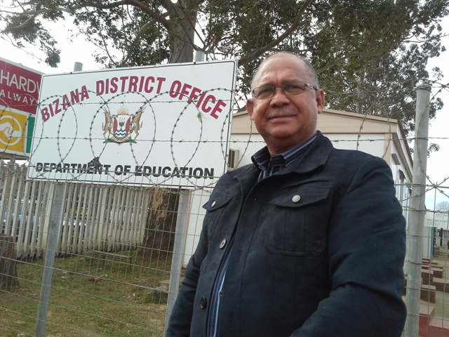 DA Shadow MEC for Education, Edmund van Vuuren had an oversight visit of the Mbizana District Office for Education on Tuesday, 20 August in preparation for the Taking Legislature to the People-event that will take place in the area in October.