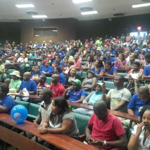 Full attendance at Daso's meeting on the Alice campus of Fort Hare Univeristy before the meeting was sabotaged by members of Sanco/ANC on Thursday evening, 3 October.